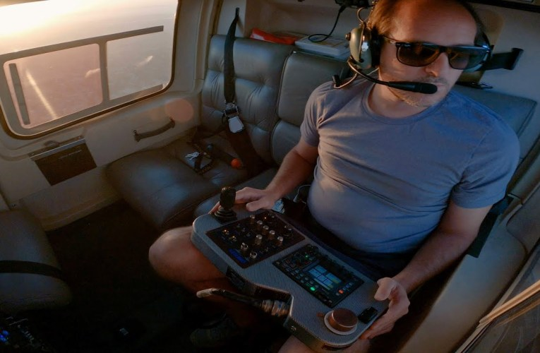 Oakland KTVU Channel 2 Aerial-Photojournalist Shows You His Helicopter Work
