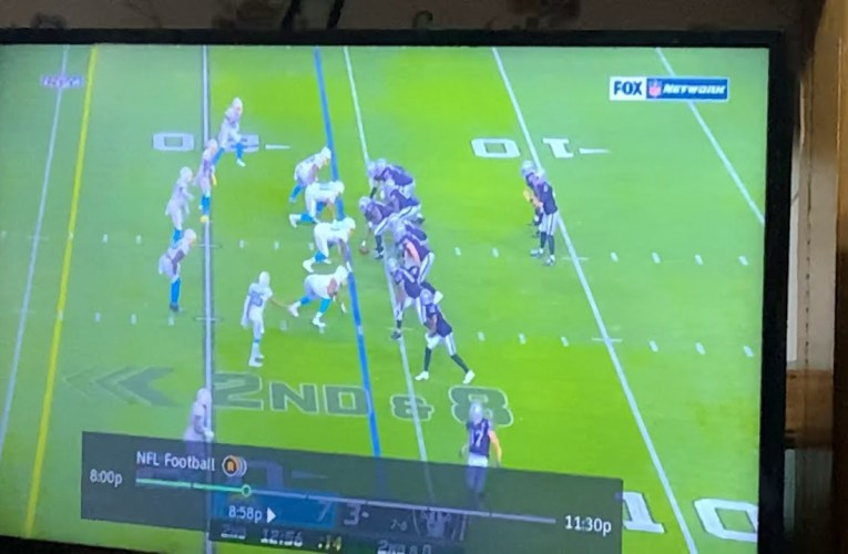 Marcus Mariota First Pass As Raiders QB Roll Out Throw To TE Foster Moreau