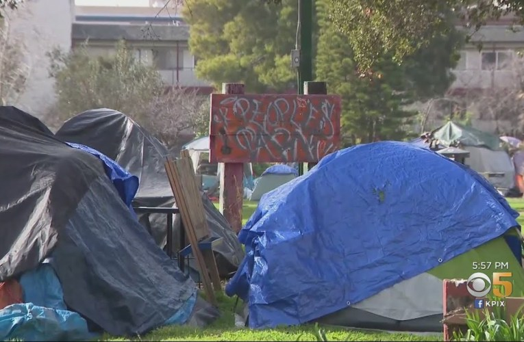 Fences, Protesters Return To Berkeley's Peoples' Park