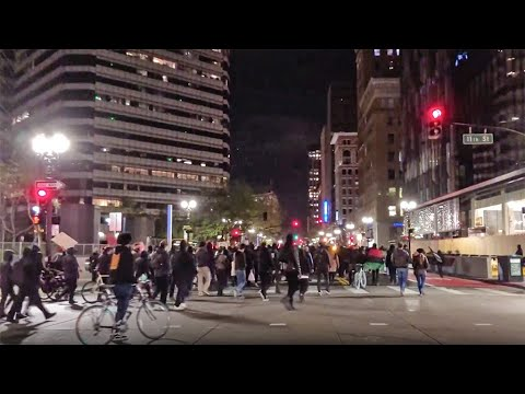 Demonstration in Oakland to Protest Police Shootings Turns Violent