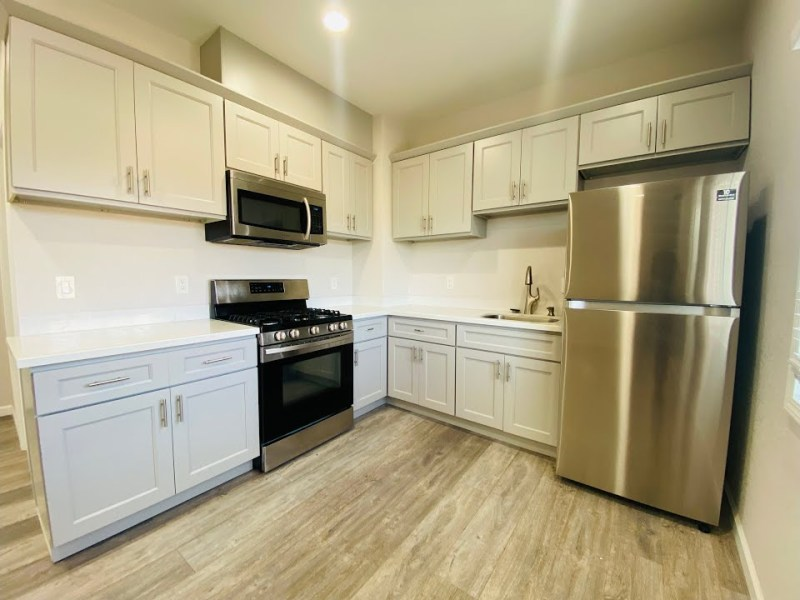 Beautiful Fully Remodeled Oakland 1 Bedroom In Fruitvale District Near BART