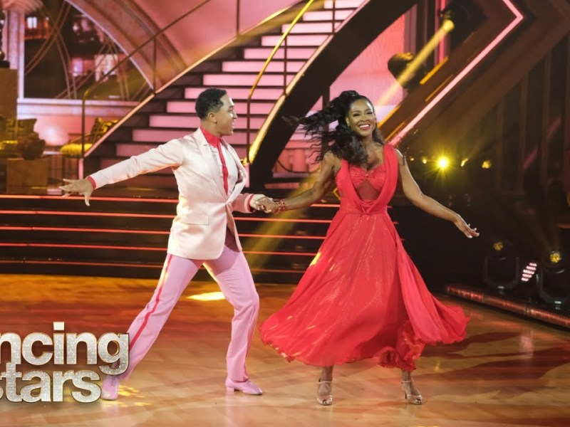 Kenya Moore's Foxtrot – Dancing with the Stars