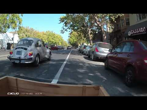 """Tim Courtney – Riding the """"Grand Gauntlet"""" Eastbound in Oakland"""