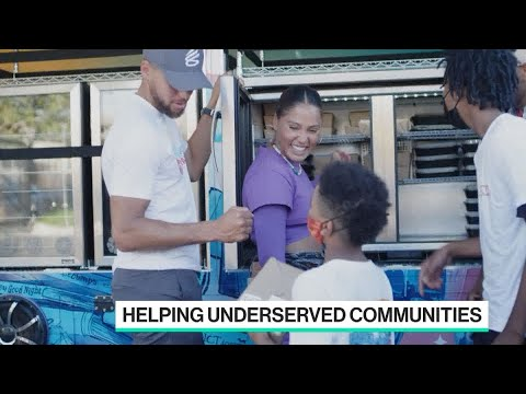 Steph & Ayesha Curry Roll Out New Bus To Support Oakland Community