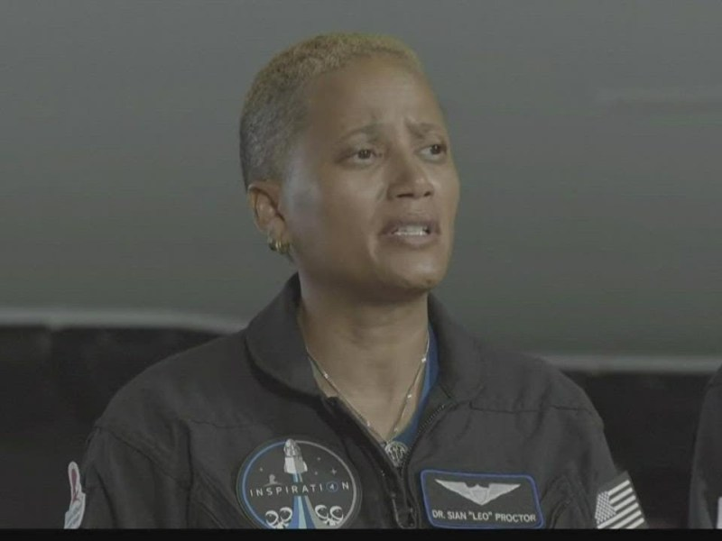 Dr. Sian Proctor First Black Woman to Pilot A Space Mission – SpaceX Flight With All-Amateur Crew