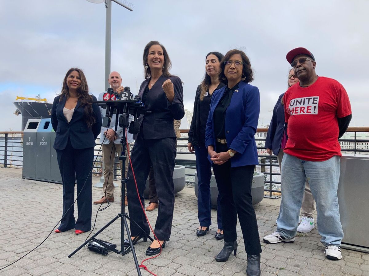 Oakland Mayor Libby Schaaf and Council President Nikki Fortunato Bas