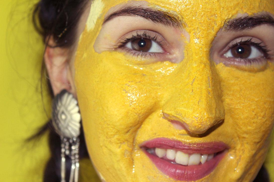 masque jaune argile et curcuma