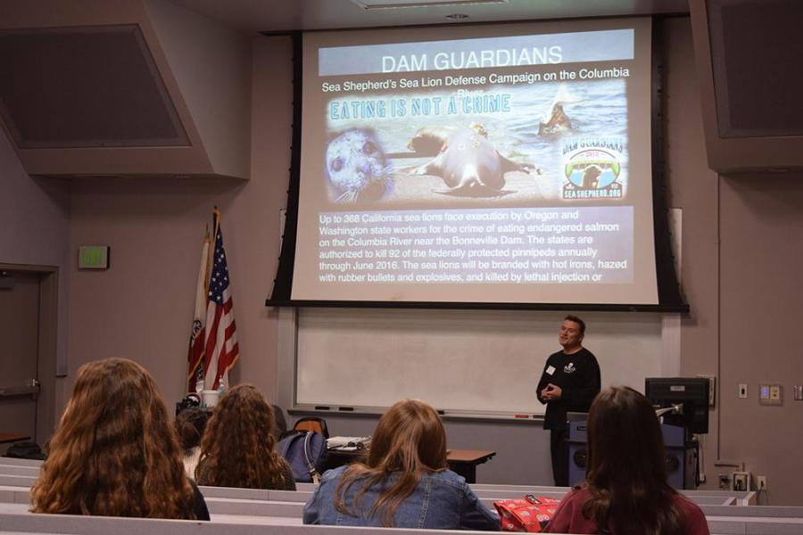 Kevin+Yzaguire%2C+member+of+Sea+Shepard%2C+gave+a+presentation+to+students+in+G9%2C+Jan+25.+Yzaguire%27s+goal+was+to+raise+awareness+about+Ocean+Conservation+and+ways+to+solve+the+problems+in+oceans+today+%28Nick+Burt%2FTalon%29.