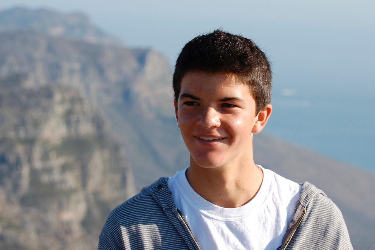 Oak Park alumnus Zachary Cohen died Feb. 26 at age 22 after having pneumonia and cancer. Hundreds gathered at North Ranch Country Club Sunday, March 5 to celebrate his life (reprinted with permission from the Cohen family).
