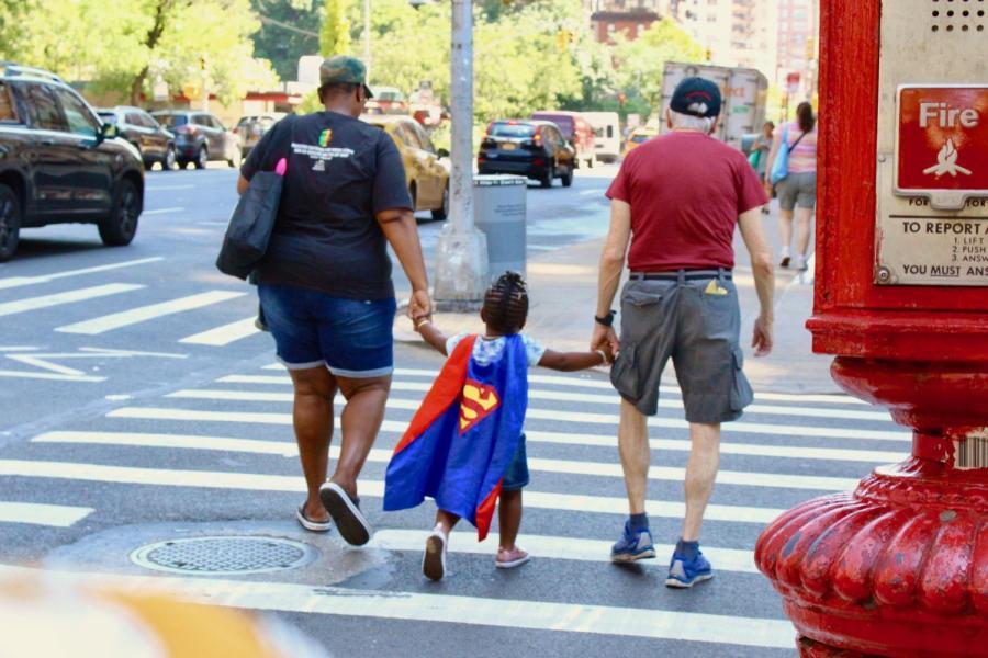 Caption: People walk hand-in-hand among Chelseas streets in New York (Olivia Buccieri/Talon).
