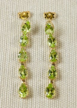 peridot-earrings