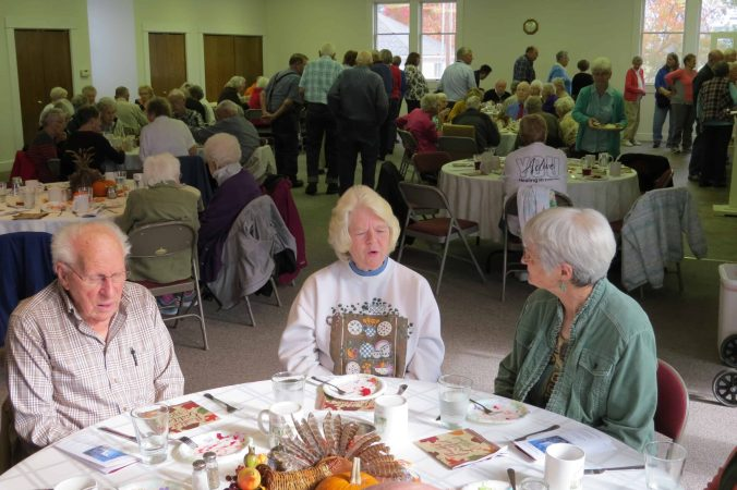 Senior Lunch Image