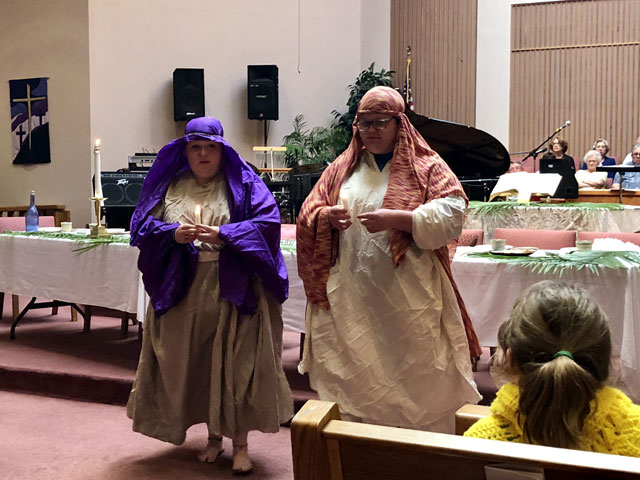 Maundy Thursday Ceremony, Lamp Lighters, Oakwood United Methodist Church, Lubbock Texas