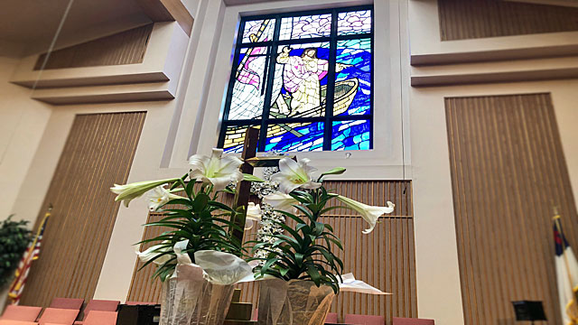 Easter Service, Lily Cross, Stained Glass Sanctuary, Oakwood United Methodist Church, Lubbock Texas