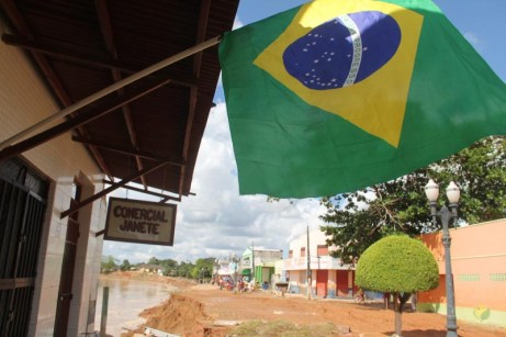 BRASILEIA APOS ENCHENTE-175