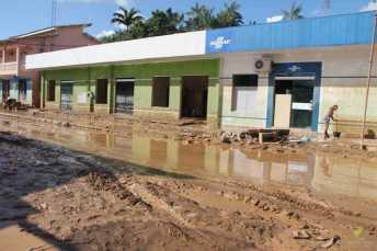 BRASILEIA APOS ENCHENTE-528