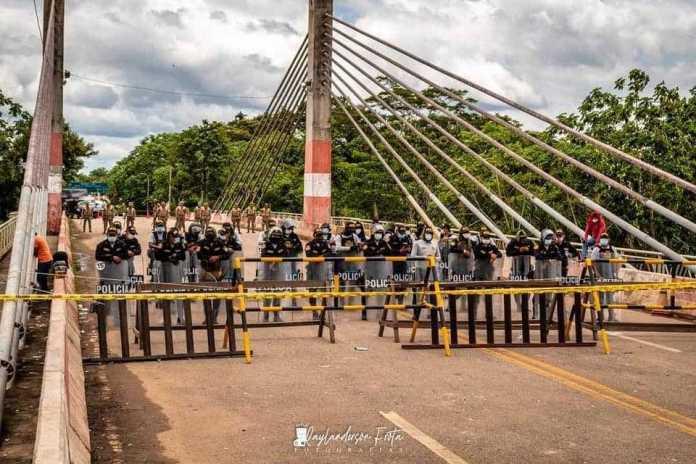 Governo peruano prorrogará Decreto e filas de carretas quilométricas ameaçam desabastecimento na Bolívia