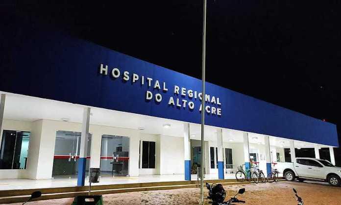 Jovem é levado para Capital após ficar com garrafa entalada no ânus em Brasiléia