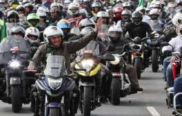 (Brasília - DF, 09/05/2021) Presidente Jair Bolsonaro durante passeio de moto pelas ruas de Brasília. Foto: Marcos Corrêa/PR