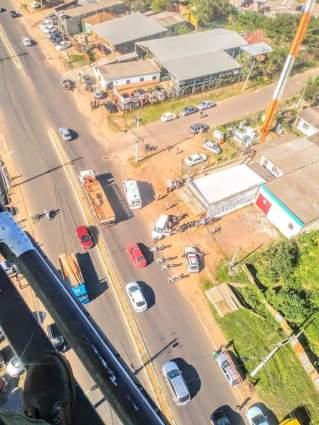 Veículo em fuga provoca diversas colisões
