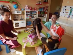 Prima peruca donata unui copil de catre asociatia DPC (1)