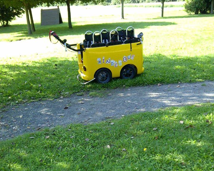autobuzul micutilor la gradinita