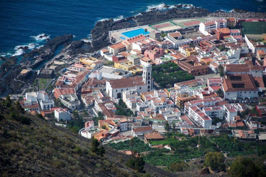 Vacanta in Tenerife_piscine naturale create de lava vulcanica