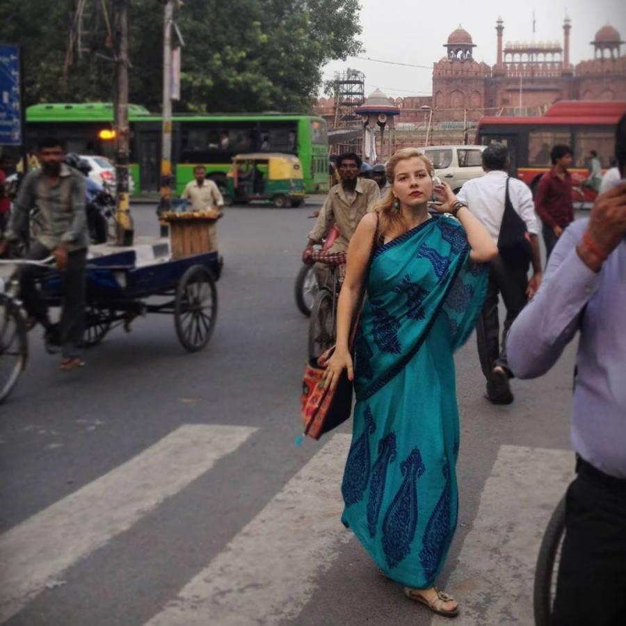 Maria-Cristiana Marcus_romanca din Londra care pleaca sa voluntarieze in Pakistan (3)
