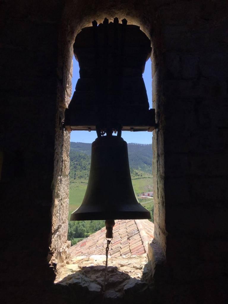 clopotul manastirii de pe Camino