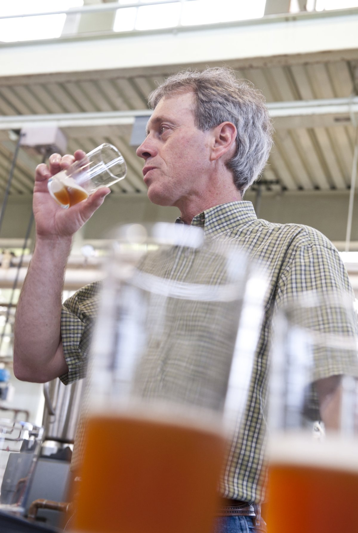 Shaun Townsend participating in sensory beer tasting