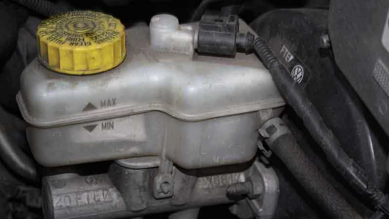 How To Change Brake Fluid >> How Often To Change Brake Fluid Oards Com