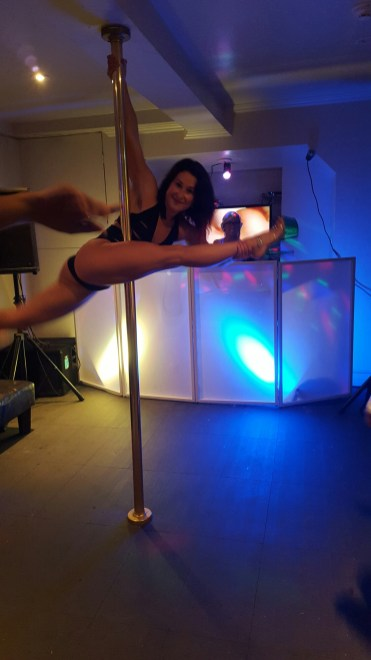 Aqua Flirt and pole instructor Alexandra!