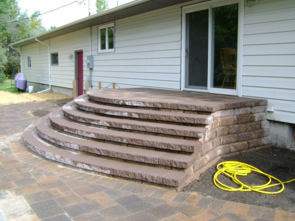 paver patio with large staircase
