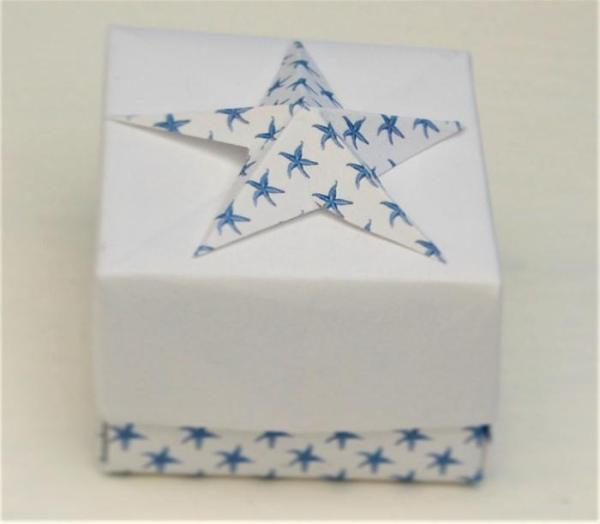 Wedding-Favour-Boxes-Handmade-Paper-Starfish-Boxes-Nautical-Oast-House-Gifts
