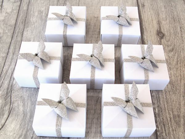 Wedding-Favours-Silver-Bling-Butterfly-Topped-Handmade-Origami-Boxes-Oast-House-Gifts