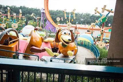 """""""Slinky Dog Spin"""""""