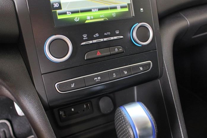 Przycisk R.S. Sport zmieniał charakterystykę samochodu