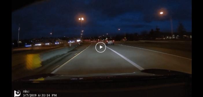 VIDEO | Tesla na autopilocie próbuje zapić swojego właściciela.