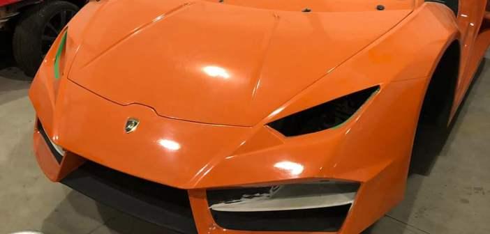 Policja zamknęła fabrykę podrabiającą Lamborghini i Ferrari.
