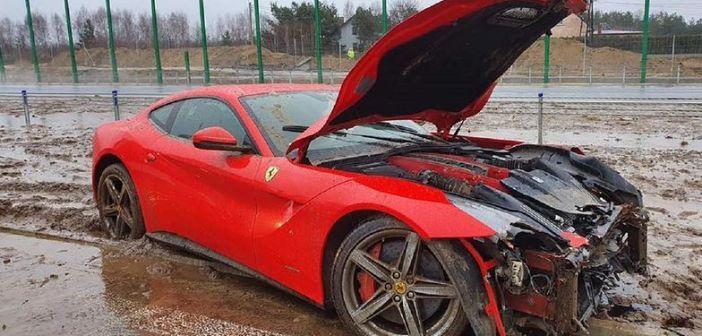 Rozbite Nissan GT-R i Ferrari F12 Berlinetta – czarne dni na polskich drogach dla miłośników szybkich samochodów