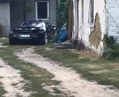 Lamborghini Huracán i inne supersamochody na ciekawym wiejskim tle.