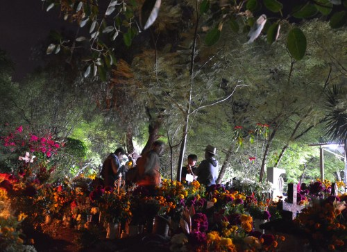 Teotitlan del Valle, Dia de los Muertos