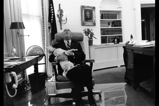 oval office chair green tufted dining a look back: pets in the white house |