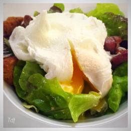 Salade Lyonnaise - Crédit Photo : Mado et la Tête dans le Frigo
