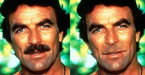 Tom Selleck possui buço largo