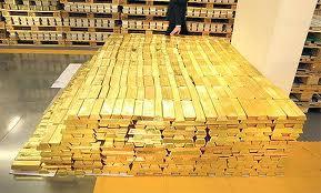 Os dez países com maior e menor reserva de ouro do mundo.