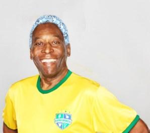 Pelé  se tornou rei pelos pés o e cabelo afro em diamante