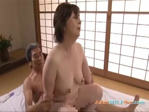 昭和の熟年夫婦が濃厚な性行為で悶絶する五十路おばさんの日活 無料yu-tyubu
