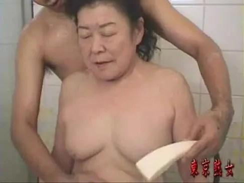 超熟した老女が勝負下着で数十年振りの性行為をしてピンクなおめこしてるヘンリ-塚本塾女性雑誌動画60代