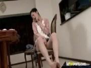 オナニーしながら足コキする五十路美熟女のおばさん動画